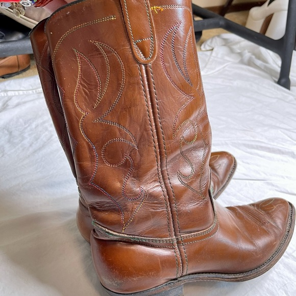Vintage rainbow thread cowboy boots